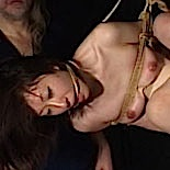 Cunt horror  osada steve continues his abuse of tenshis vagina with chains and clothespins. Osada Steve continues his abuse of Tenshis pussy with chains and clothespins
